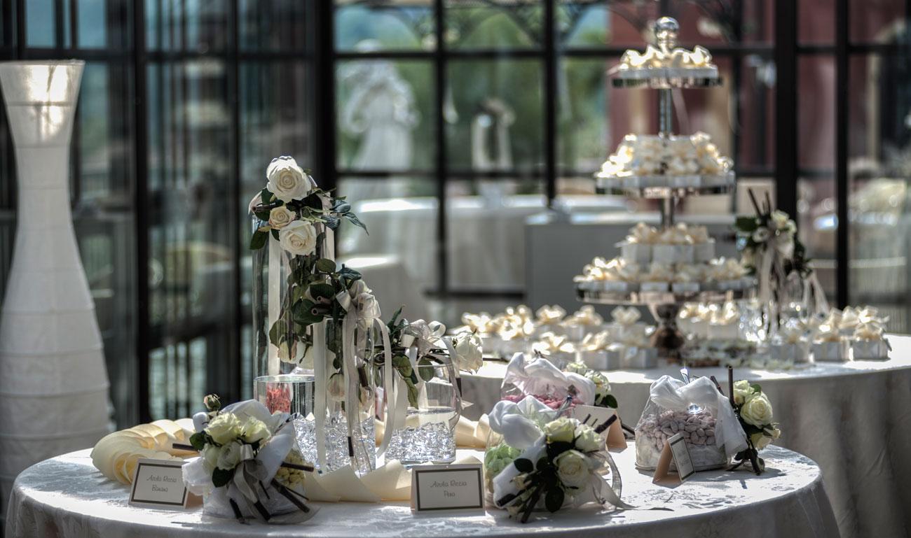 allestimento-tavolo-bomboniere-quadrifoglio-matrimonio