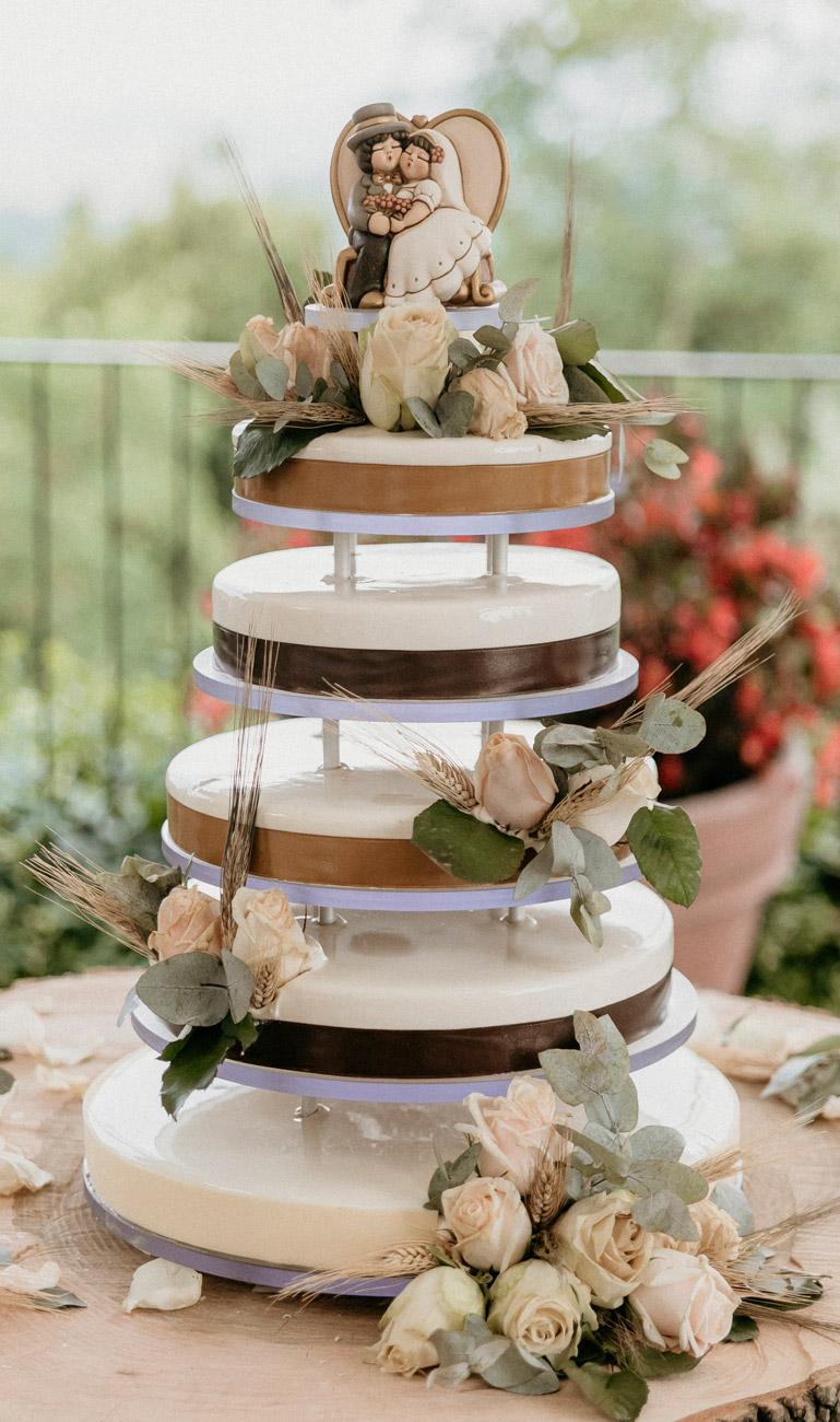 allestimento-taglio-torta-quadrifoglio-liste-nozze-4